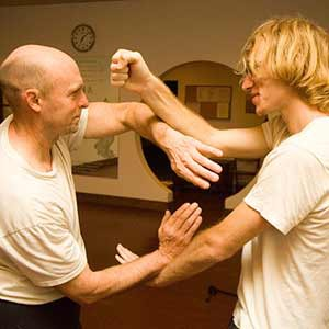 Effective hand-to-hand combat techniques from Wing Chun.<br />